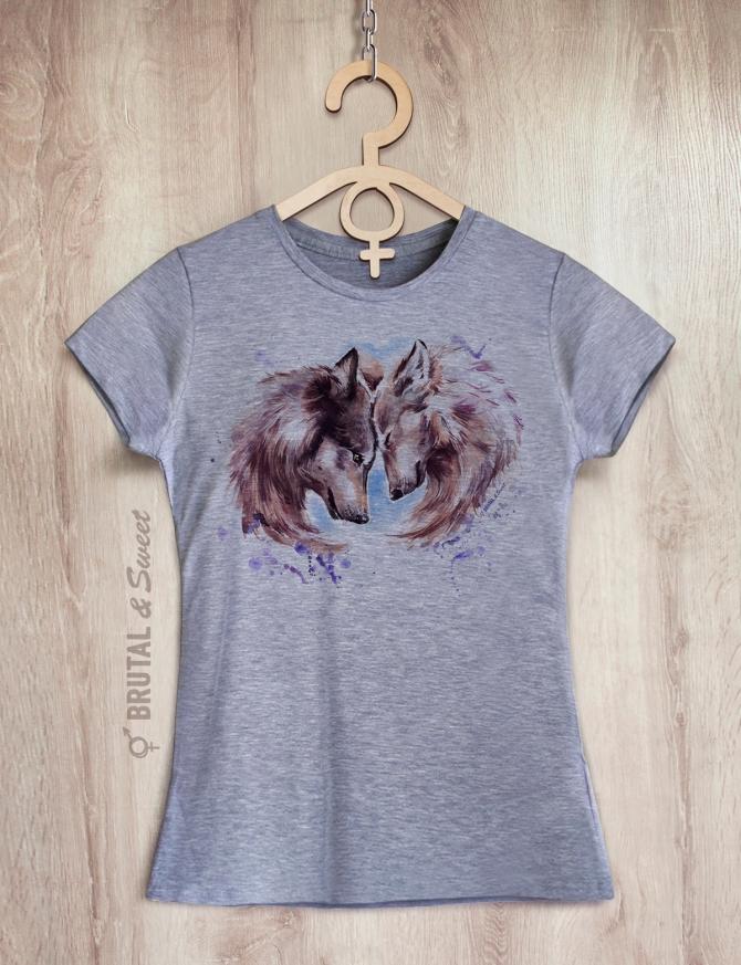 Футболка женская с волками «Wolf Love»